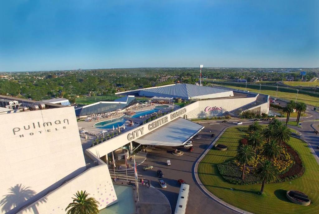 A bird's-eye view of Hotel Casino Pullman City Center Rosario