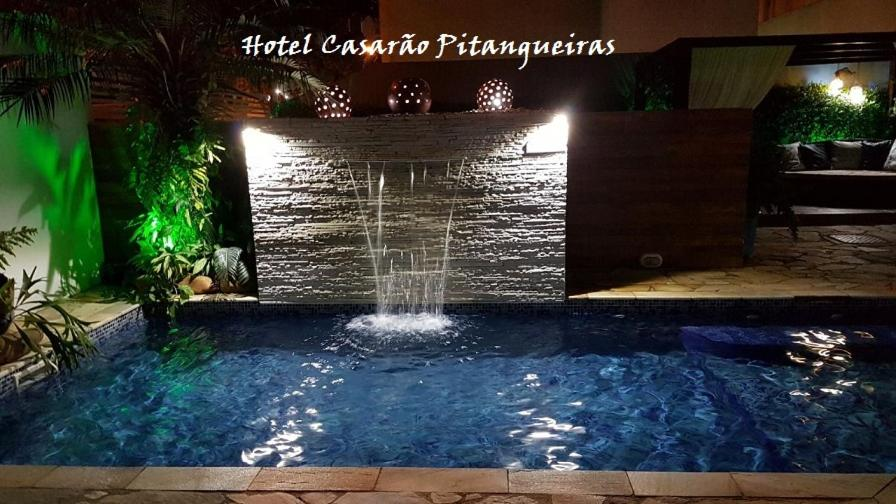The swimming pool at or near Hotel Casarão Pitangueiras