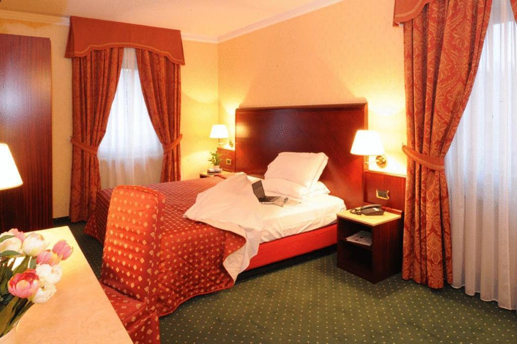 Hotel La Spia D