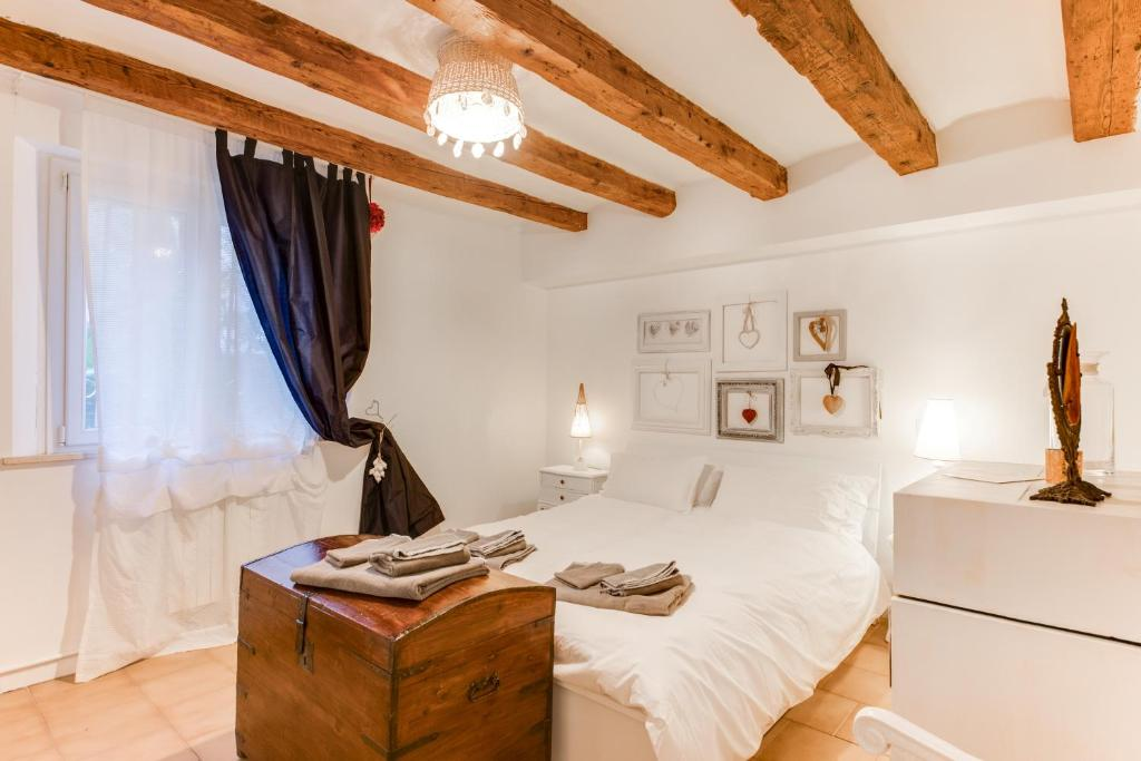 A bed or beds in a room at civico42