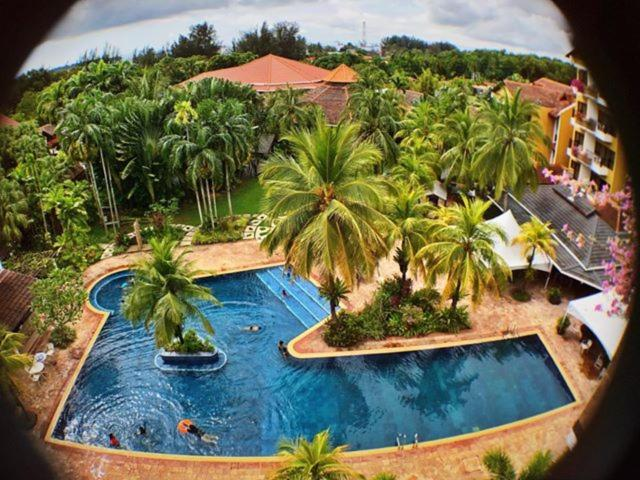 A view of the pool at Tiara Labuan Hotel or nearby