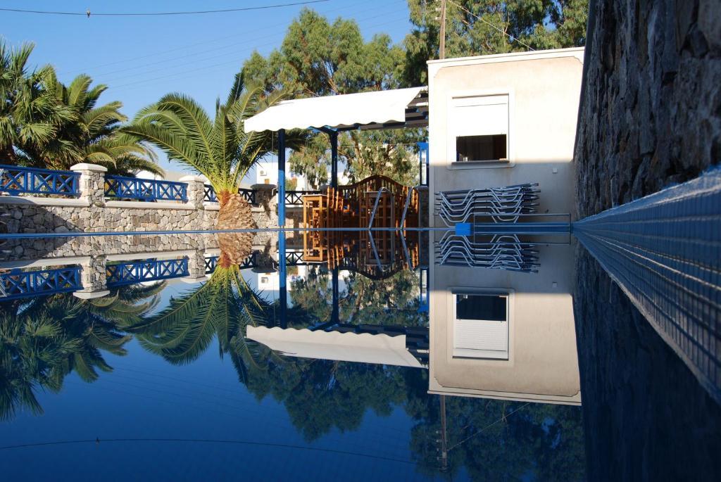 Piscina di Aretousa Villas o nelle vicinanze