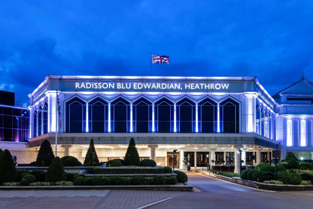 Radisson Blu Edwardian, Heathrow - Laterooms