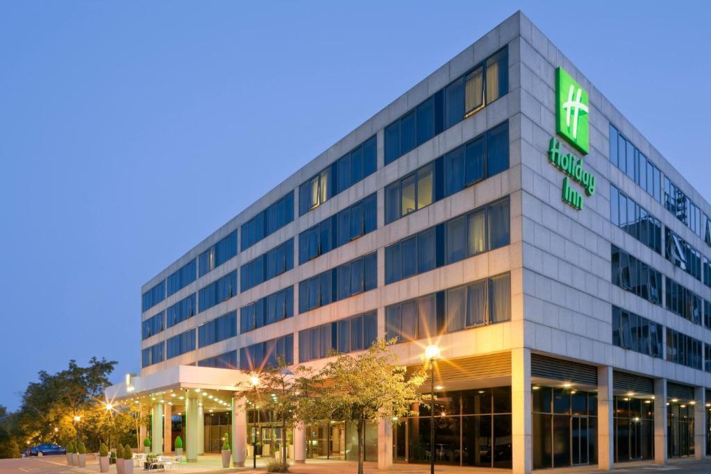 Holiday Inn MILTON KEYNES - CENTRAL - Laterooms