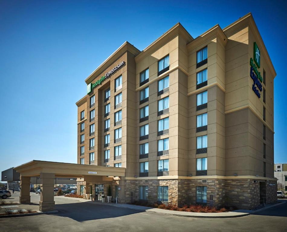 Holiday Inn Express and Suites Timmins, an IHG Hotel