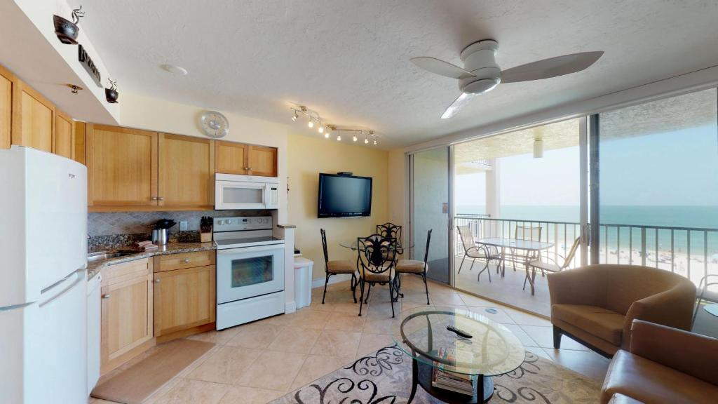 A kitchen or kitchenette at Incredible Views from this Renovated Beachfront Getaway @ the Apollo!!!