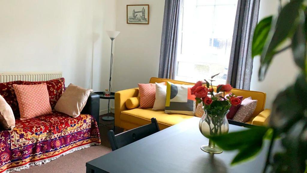 Bricklane Apartment-Liverpool Street Zone 1