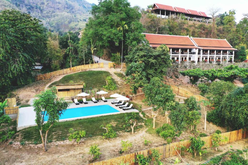 A view of the pool at The Sanctuary Pakbeng Lodge or nearby