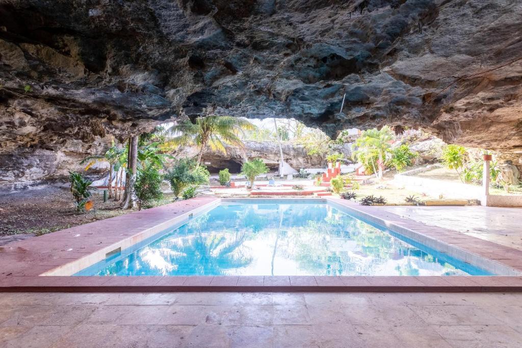 The swimming pool at or near OYO Hotel Zac-tún