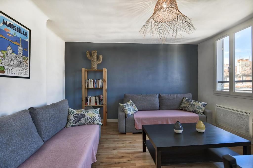 A seating area at NOCNOC - Le Petit-Colbert