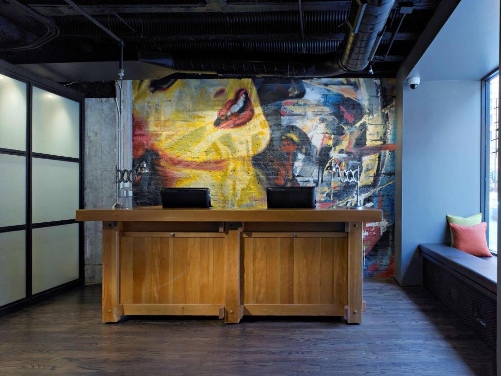 Hall ou réception de l'établissement Acme Hotel Company Chicago