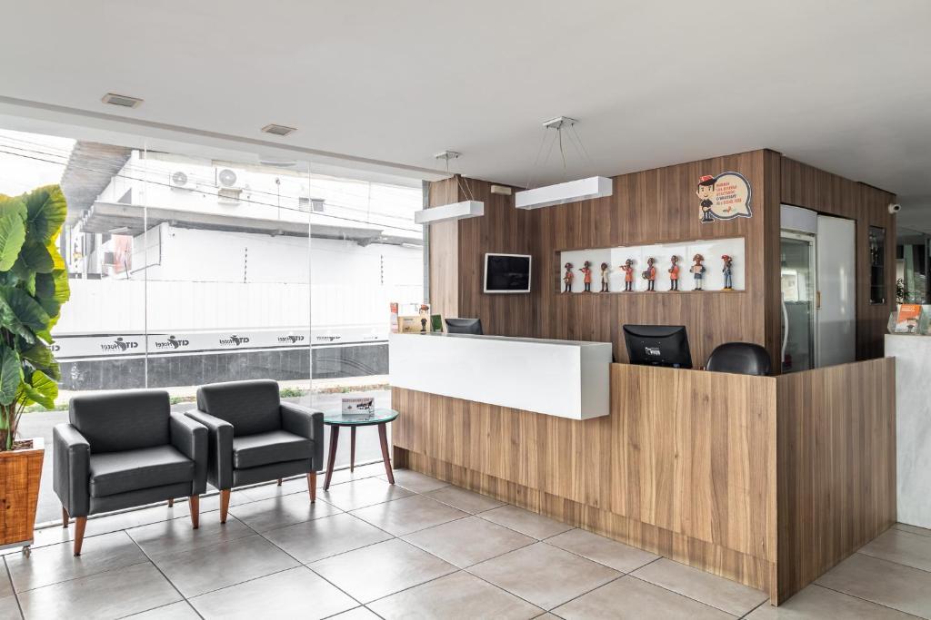 Кухня или мини-кухня в Citi Hotel Express Caruaru