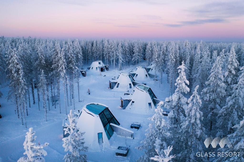 Glass Resort im Winter