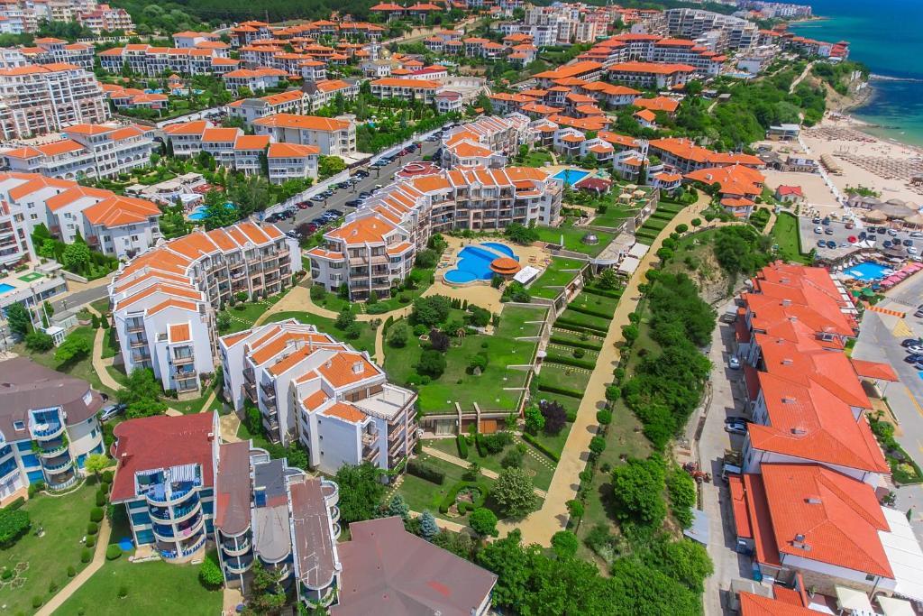 Een luchtfoto van DIAMOND Apart Complex
