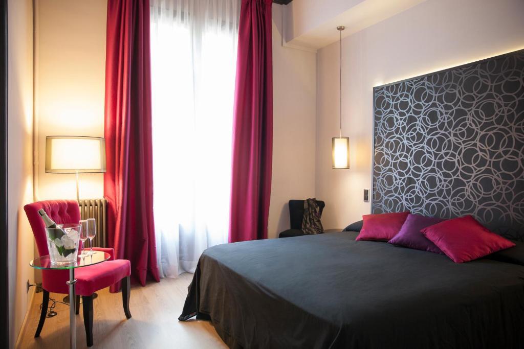 Umma Barcelona Bed&Breakfast; Boutique - Laterooms