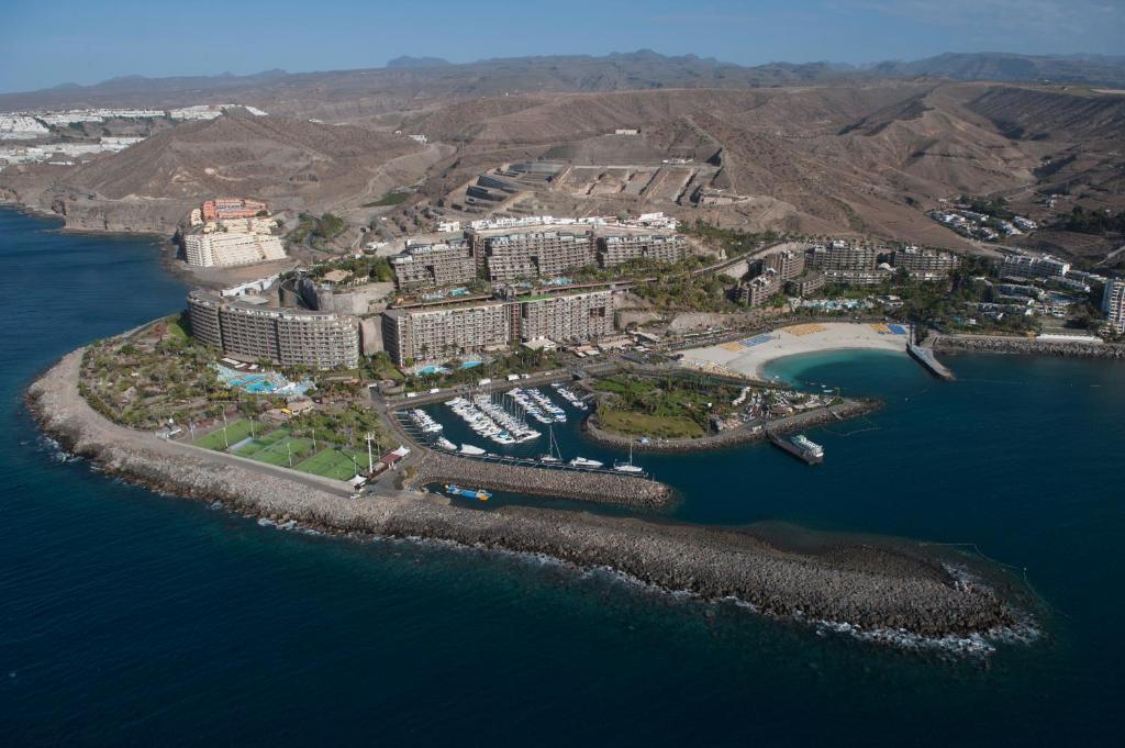 Vue panoramique sur l'établissement Anfi del Mar