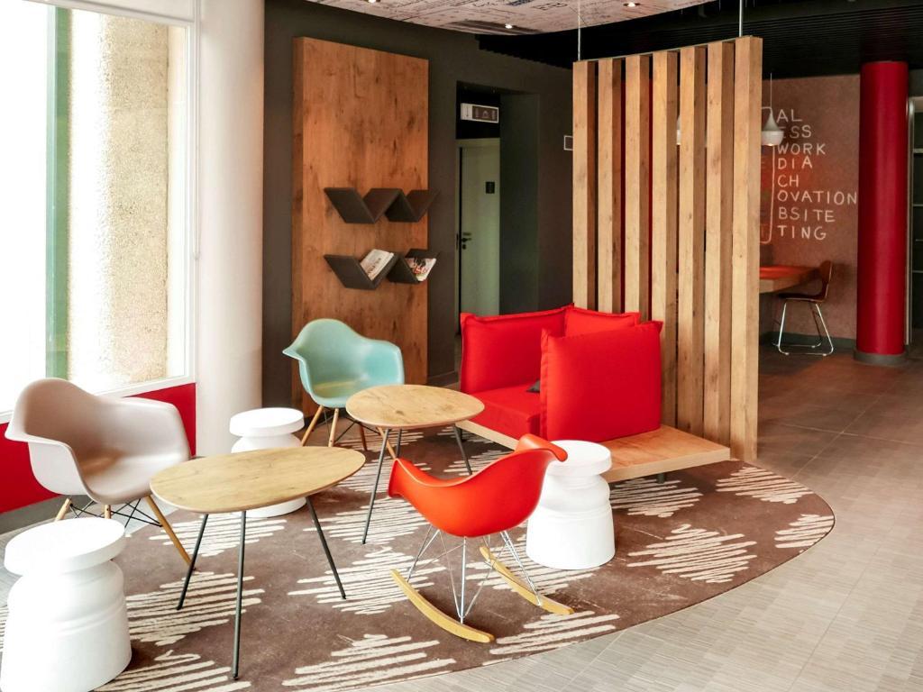 Zona de estar de Ibis Hotel Alicante