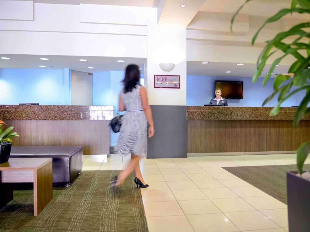 Mercure Grosvenor Hotel Adelaide - Laterooms