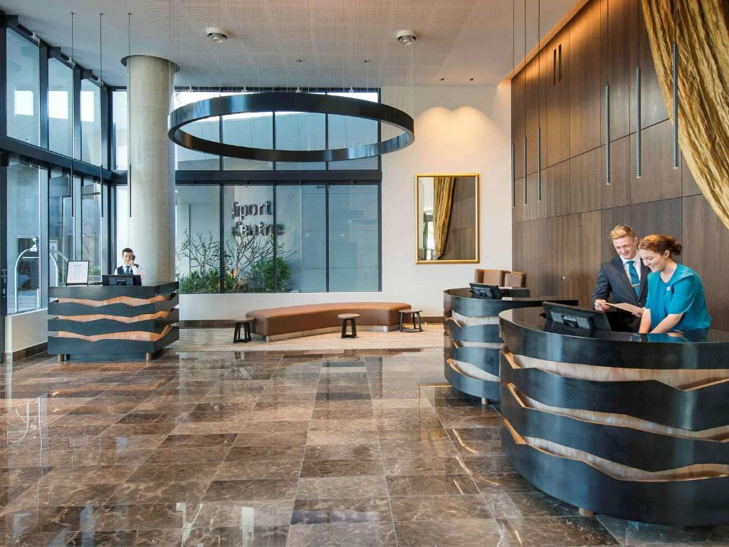 The lobby or reception area at Pullman Brisbane Airport