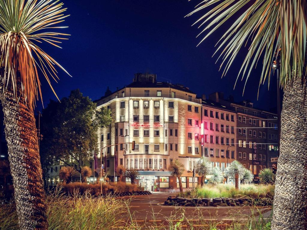 CENTRAL Hotel Düsseldorf - Laterooms