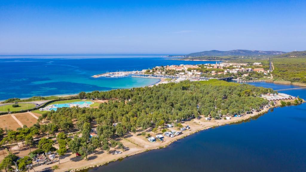 Vista aerea di Camping Village Laguna Blu