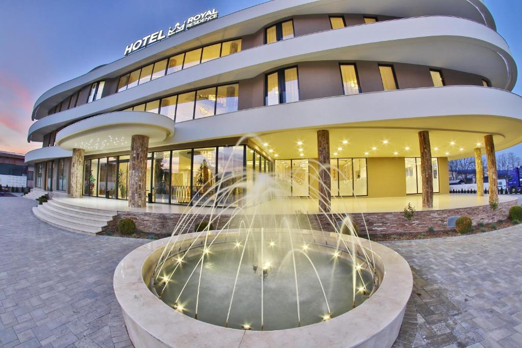 Deschiderea spitalului de maternitate din Čačak