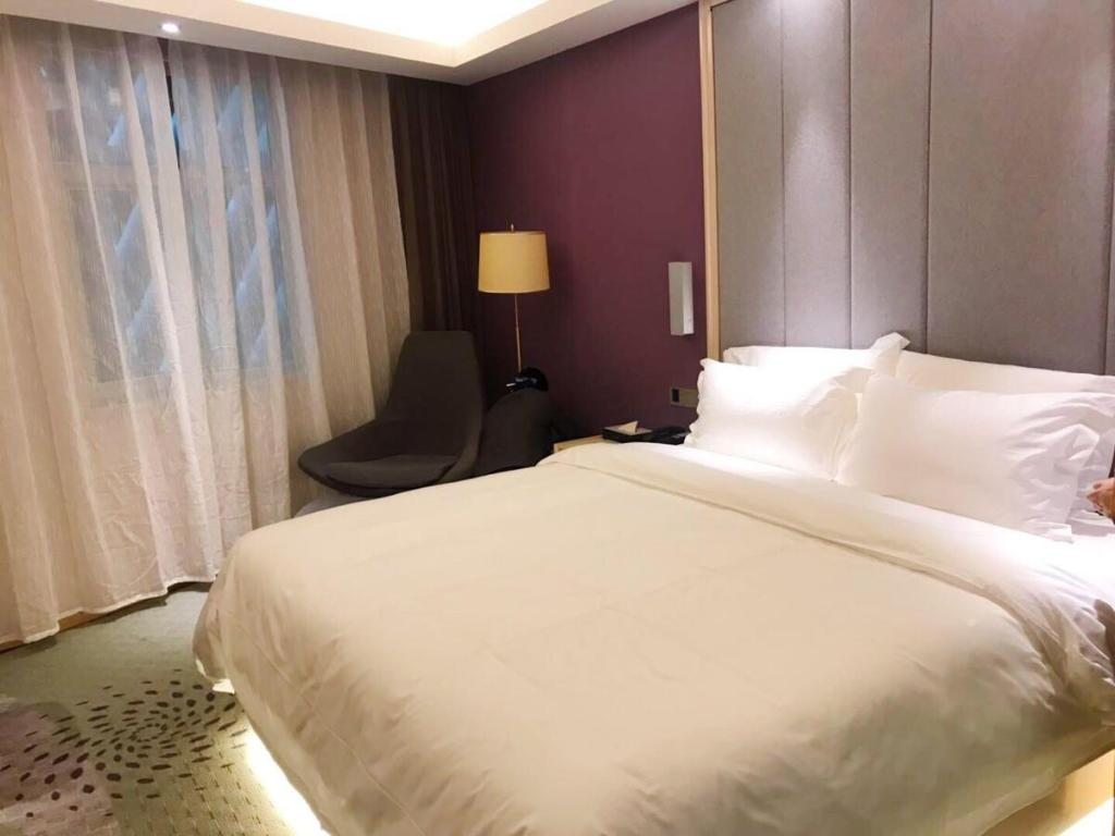 Lavande Hotel Turpan Grand Cross