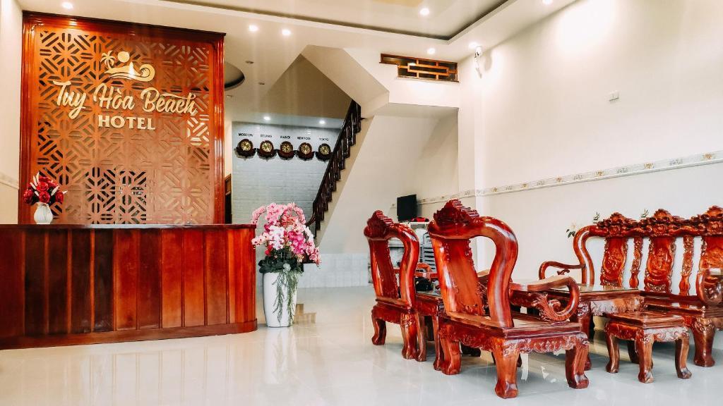The lobby or reception area at Tuy Hòa Beach Hotel - Căn hộ du lịch