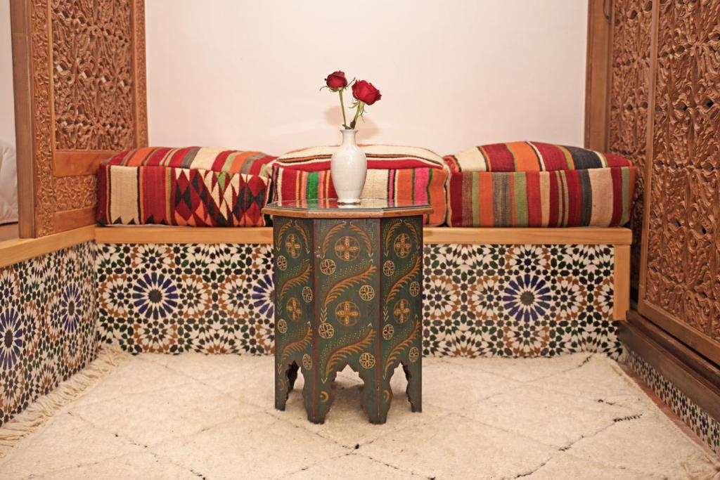 A seating area at Riad Daria Suites & Spa