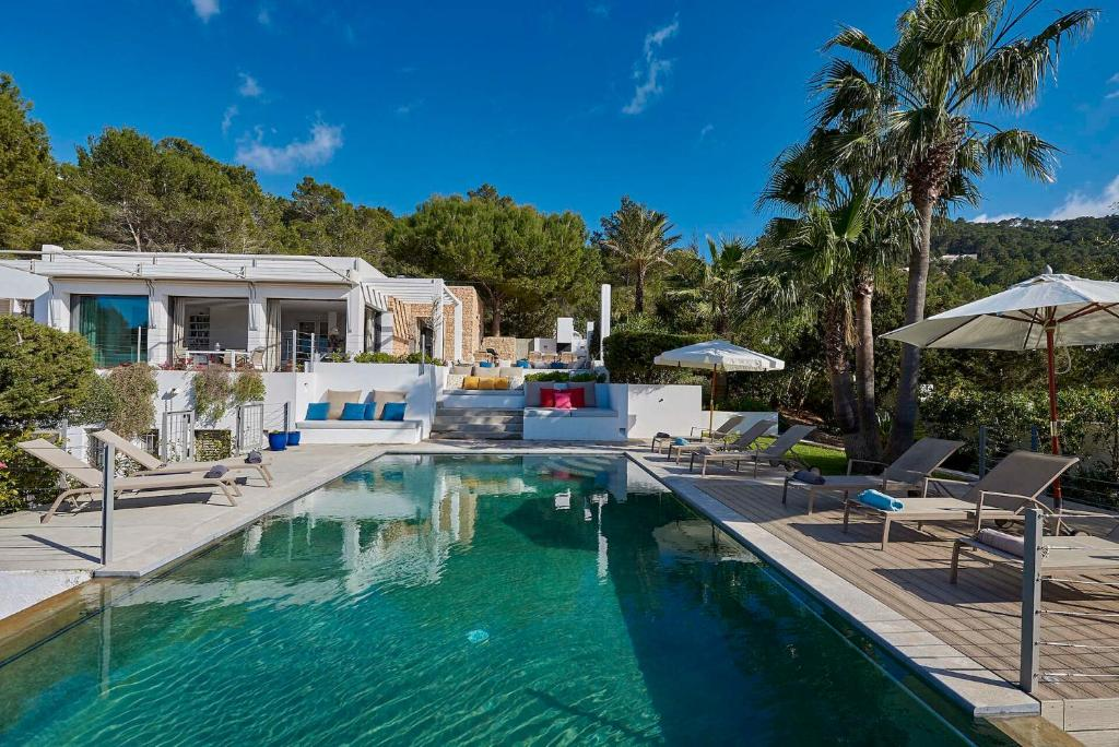 The Ultimate 5 Star Luxury Villa With Private Pool Ibiza Villa 1009 Sant Josep De Sa Talaia Updated 2021 Prices