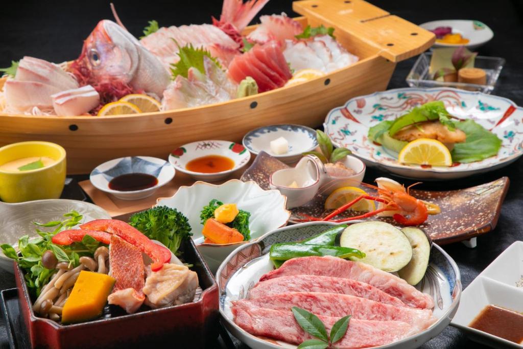 료칸 내부 또는 인근 먹을 거리