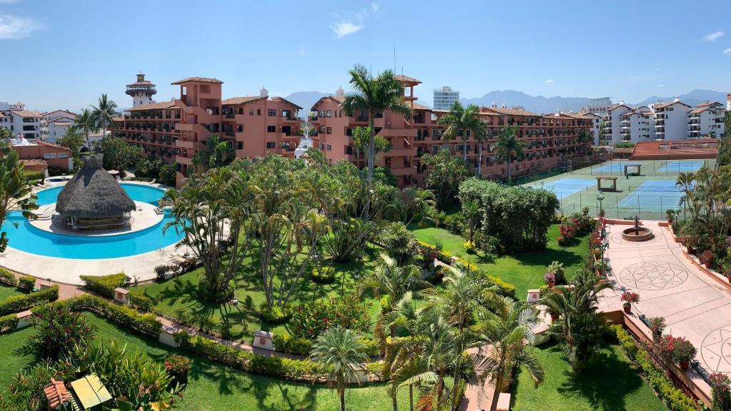Sunny Apartment In The Heart Of Marina Vallarta