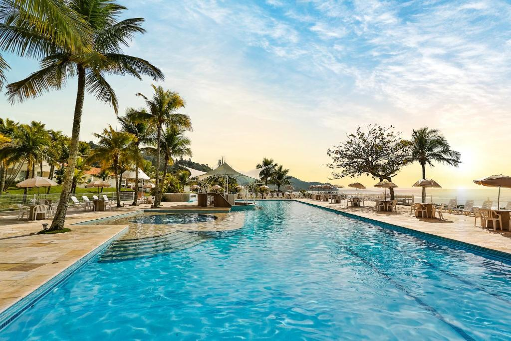 The swimming pool at or close to Itapema Beach Resorts by Nobile