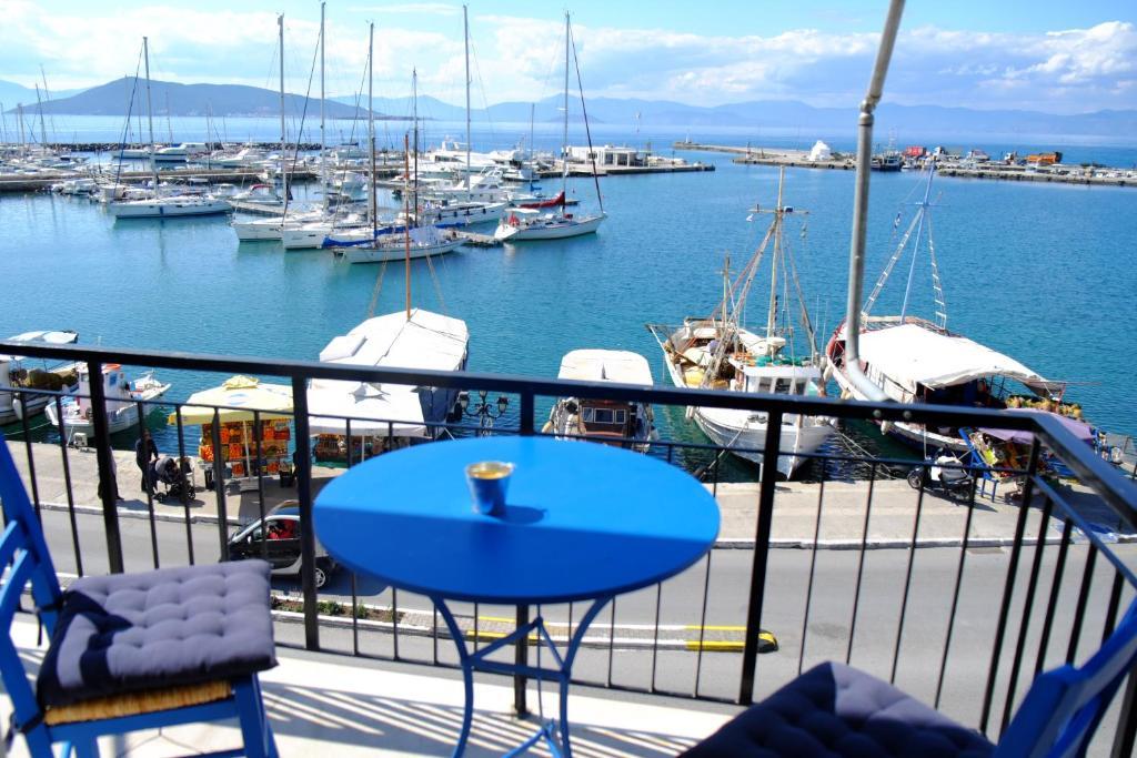 Διαμέρισμα με μοναδική θέα στο λιμάνι