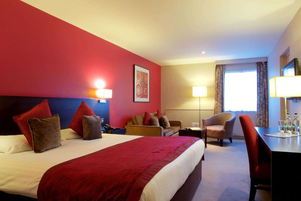 A bed or beds in a room at Aberdeen Airport Dyce Hotel, Sure Hotel Collection by BW