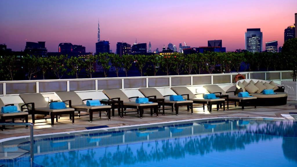 The swimming pool at or close to Crowne Plaza Dubai Deira, an IHG Hotel