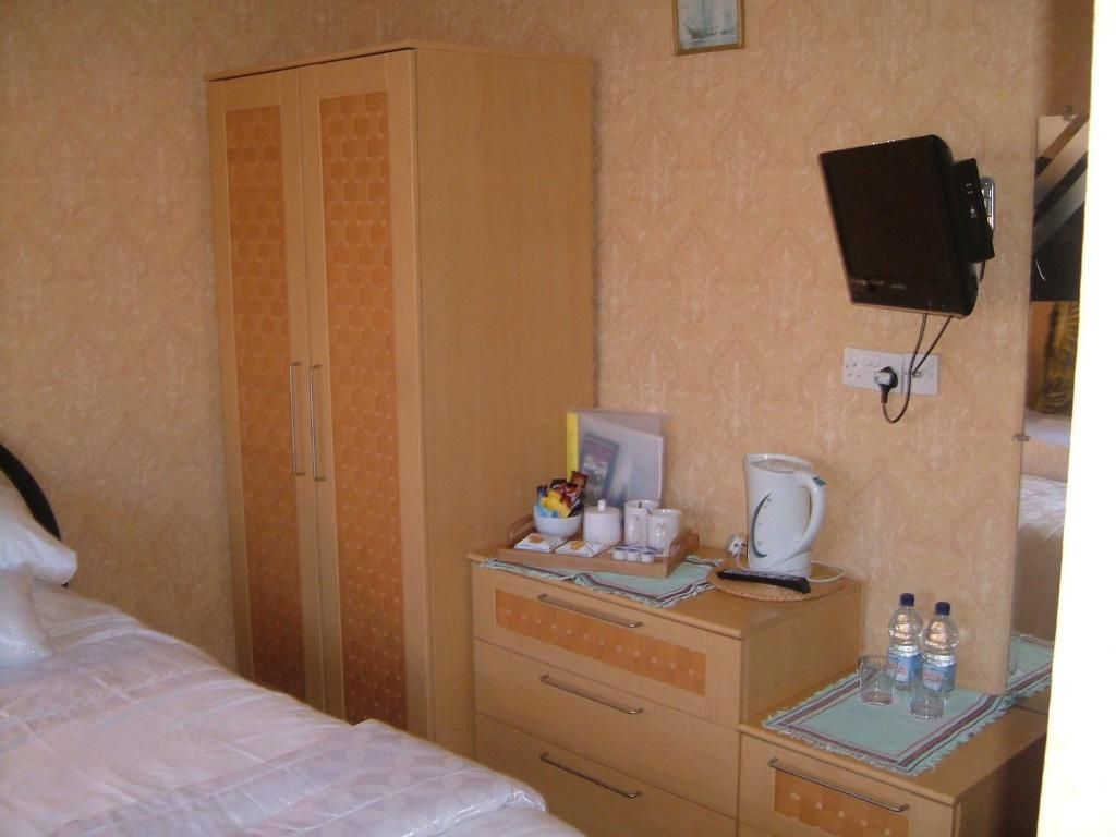 Tremains Guest House - Laterooms