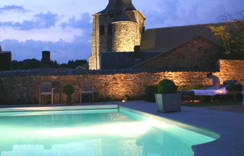 Le Castel Fosses-La-Ville, Belgium