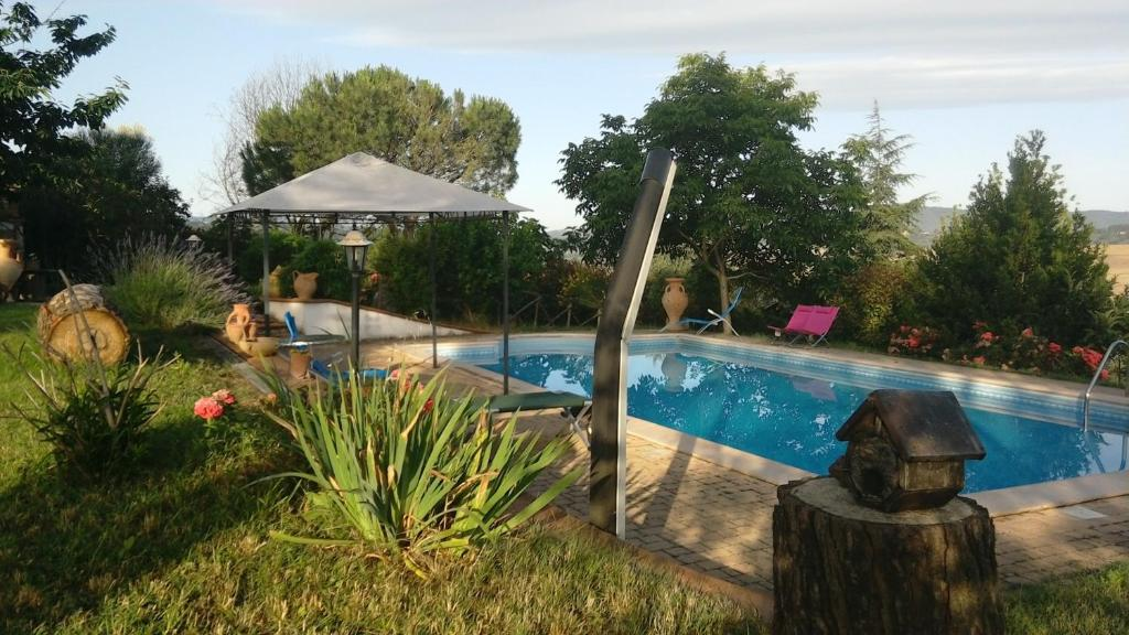 Chalet with one bedroom in Perugia with wonderful mountain view private pool enclosed garden