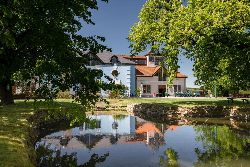 Darovansky Dvur - Wellness & Golf Hotel Brasy, Czech Republic