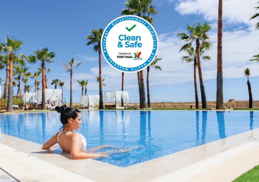 The swimming pool at or near VidaMar Resort Hotel Algarve