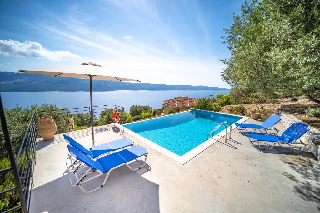 Πισίνα στο ή κοντά στο Lefki Villas