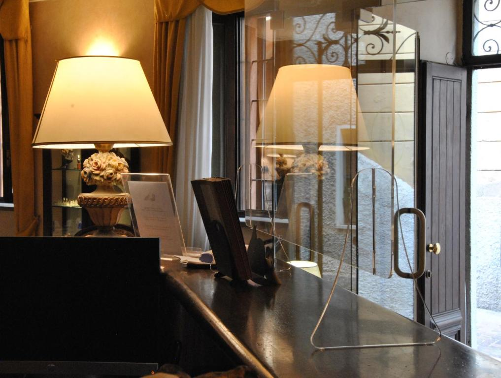 Hotel Pavone - Laterooms