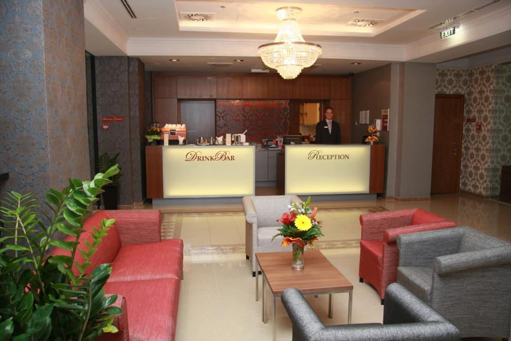 The lobby or reception area at Hotel Bristol Budapest