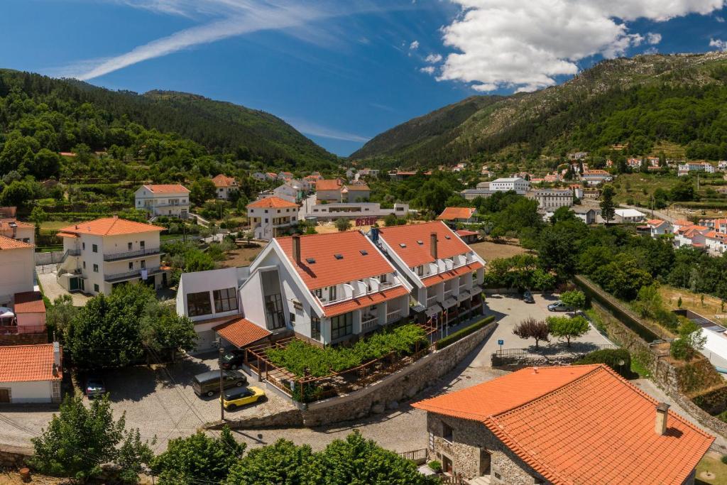 Uma vista aérea de Hotel Berne