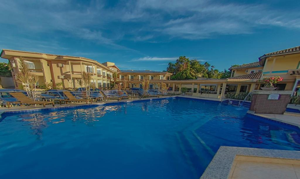 The swimming pool at or near Pontal Praia Hotel