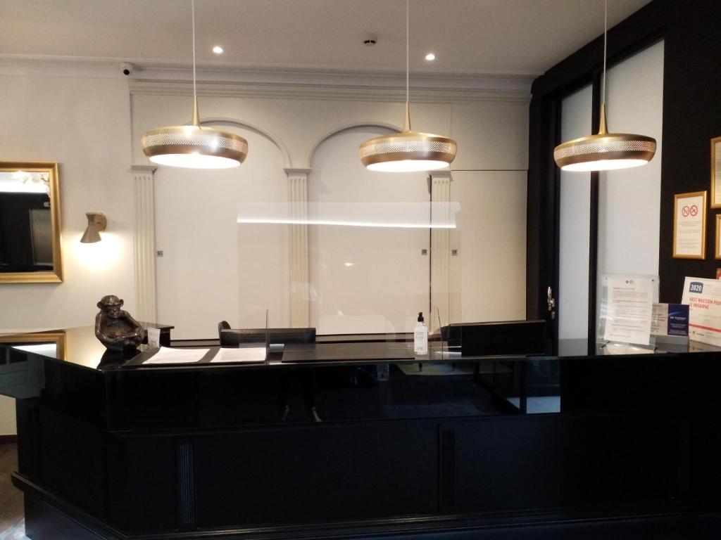 A kitchen or kitchenette at Best Western Plus Le Moderne