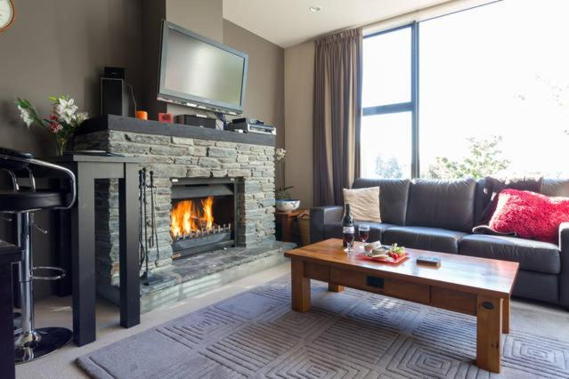 A seating area at Luxury Cardrona Villa 10