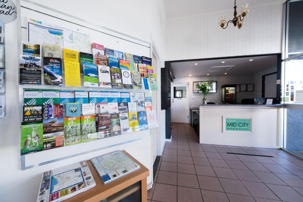 The lobby or reception area at Colac Mid City Motor Inn