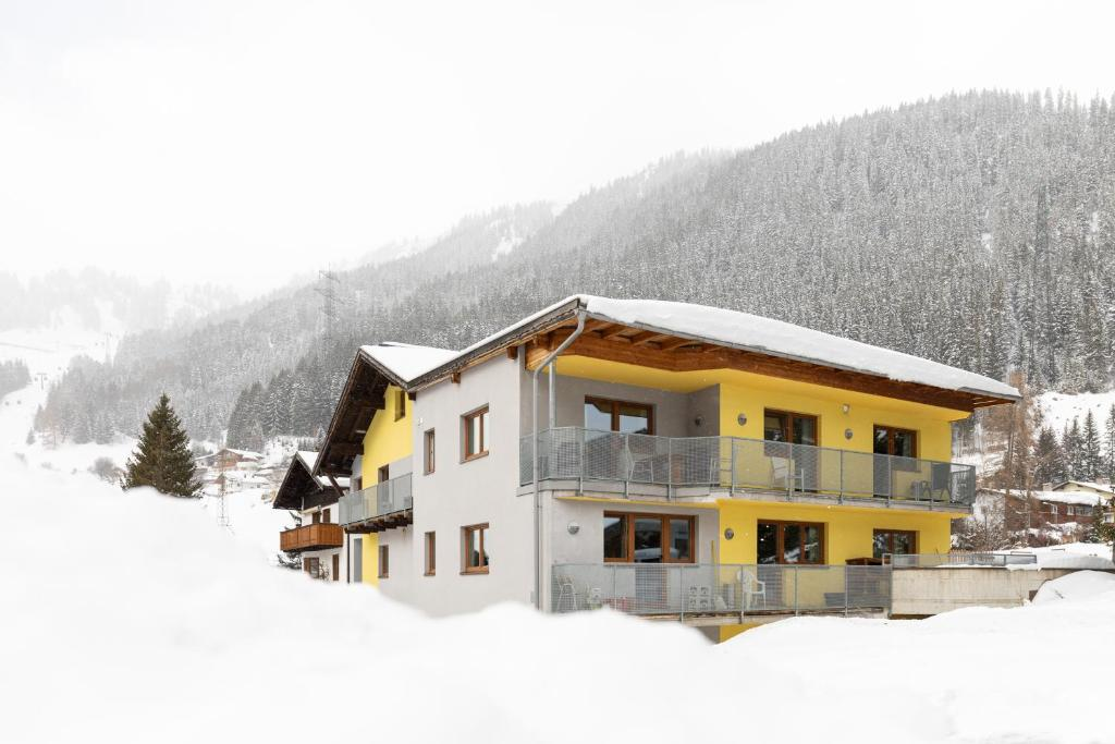 Haus Rosmarie during the winter